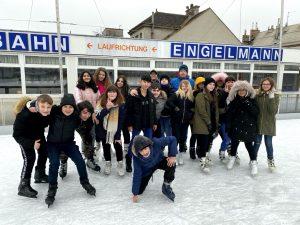 Rutschiges Erlebnis: Eislaufen